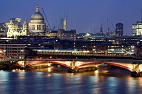 United Kingdom, London, Blackfriars Bridge and Saint Paul cathedral in the background