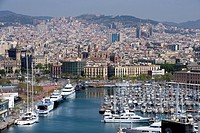 Spain, Catalonia, Barcelona, the Port Vell and the city