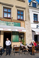 Poland, Lesser Poland region, Krakow, Kazimierz Jewish quarter, Szeroka Street, restaurant