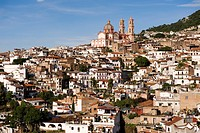 Mexico, Guerrero state, Taxco, the old city that overlooks Santa Prisca Cathedral
