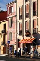 France, Pyrennees Orientales, Collioure, Rue de la Democratie