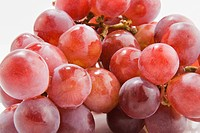 Close_up of a bunch of red grapes