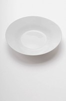 Close_up of an empty white bowl