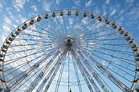 Ferris wheel on the Place de la Concorde, Paris, France (thumbnail)