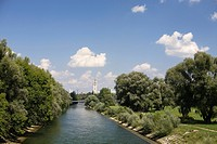 River Isar River Isar with German museum in background Munich, Germany (thumbnail)