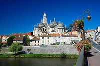 France, Dordogne, Perigord Blanc, Perigueux, Saint Front Byzantine Cathedral, stop on Route of Santiago de Compostela, listed as World Heritage by UNE...