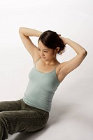 View of a young woman ding sit-up (thumbnail)