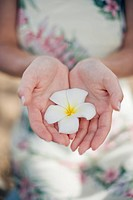 A woman holding flower (thumbnail)