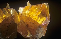 Yellow Fluorite Crystals, Illinois, USA.