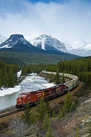 Train, Morant´s Curve, Banff National Park, Alberta, Canada