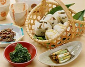 Rice ball with edible wild plants
