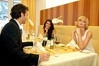 couple in restaurant jealousy