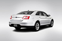 2010 Ford Taurus SEL in Silver _ Rear angle view