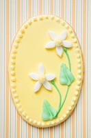 Easter biscuit decorated with narcissi