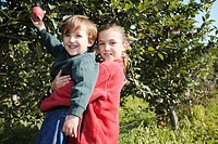 Artist´s Choice: Brother and sister in apple orchard, King Township, Ontario