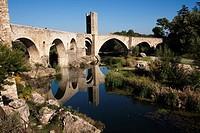 Puente de Besalú sobre el río Fluvià  Siglo XI  España, Catalunya, provincia de Girona, la Garrotxa, Besalú