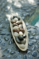 Close_up of pebbles in a tray
