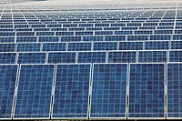 Photovoltaic solar collectors at the largest photovoltaic power plant in the US, operated by SunEdison, generates 8.22 megawatts, San Luis Valley, Ala...