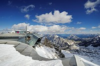 Mountain station and lookout platform of Zugspitzbahn Aerial Tramway, district of Garmisch_Partenkirchen, Bavaria, Germany, Europe