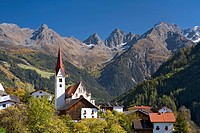 Church in Kauns, Kaunertal valley, Kaunergrat mountain ridge, Oetztal Alps, Tyrol, Austria, Europe
