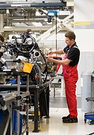 Audi employee assembling the drive unit of an Audi R8 sports car in the Audi R8 assembly hall, Baden-Wuerttemberg, Germany, Europe