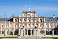 Main front and Plaza de Armas, Royal Palace, Aranjuez, Madrid province, Spain