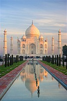 The Taj Mahal in moody light, Agra, Uttar Pradesh, India, Asia
