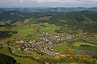 Aerial photo, Oberhundem, Sauerland, North Rhine-Westphalia, Germany, Europe