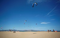 Kitedurfer praticing on the beach of Empuriabrava, Costa Brava, Catalonia, Mediterranean Sea, Spain, Europe