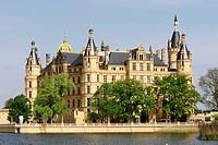 Schwerin Castle, Lake Burgsee, Schwerin, Mecklenburg_Western Pommerania, Germany / Schweriner Schloss, Landtag