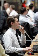 Stock broker on the trading floor of Stuttgart´s stock exchange, Boerse Stuttgart AG, Baden_Wuerttemberg, Germany, Europe