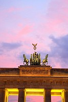 Travel photography from the Brandenburger Tor, quadriga, Pariser platz, Unter den Linden, Mitte, Berlin, Germany