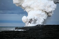 Spouts of smoke and steam from the active lava flow on the Eastern Rift, Kilauea Volcano, Big Island, Hawai´i, Hawaii, USA