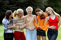 teenager, group of girls outside