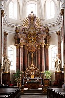 Main altar of Fulda town parish church, Rhoen, Hesse, Germany, Europe