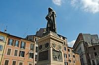 Italy, Rome, Campo dei Fiori, statue, Giordano Bruno