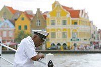 warder at a pontoon bridge, Pontjesbrug, Netherlands Antilles, Curacao, Otrabanda, Willemstad