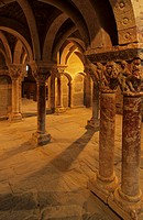 Marble columns in Cloister Serrabone, France, Languedoc_Roussillon, Boule dAdmont