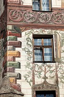 Detail of the facade of the Hotel Gasthof Goldener Adler, historic city centre of Innsbruck, Tyrol, Austria, Europe