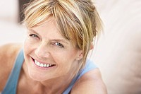 Middle_aged woman smiling portrait