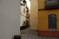 Quiet Street in the Santa Cruz Quarter, Seville, Andalucia, Spain, Europe