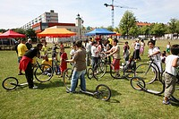 several activities such as summer camp for children is being organised in slotervaart, a bad area in Amsterdam