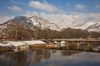 The floating market of Srinagar, capital of Kashmir, on the Jhelum river, India. This is a ´village´ of so_called house boats for foreigners and touri...