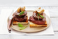 Tournedos Rossini with ceps on toast