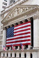 New York Stock Exchange with big US flag, Manhatten, New York City, United States