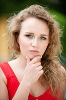 Germany, Bavaria, Young woman, portrait, close_up