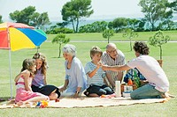 Spain, Mallorca, Family having picnic