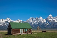 USA, Wyoming, Mormone house, in background Teton mountains