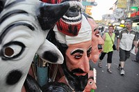 Bangkok (Thailand): rubber masks, including the Osama Bin Laden´s one, sold at Khao San Road