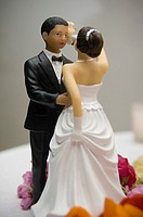 Two wedding figurines